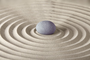 round zen stone in perfect sand circles